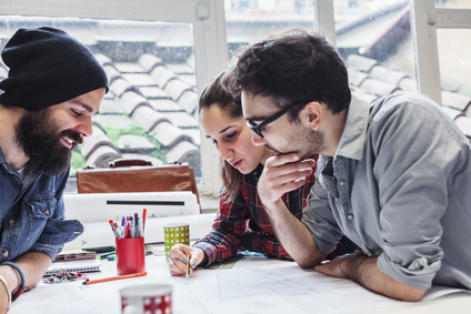 5 praktische Managementansätze für 5 Teamphasen